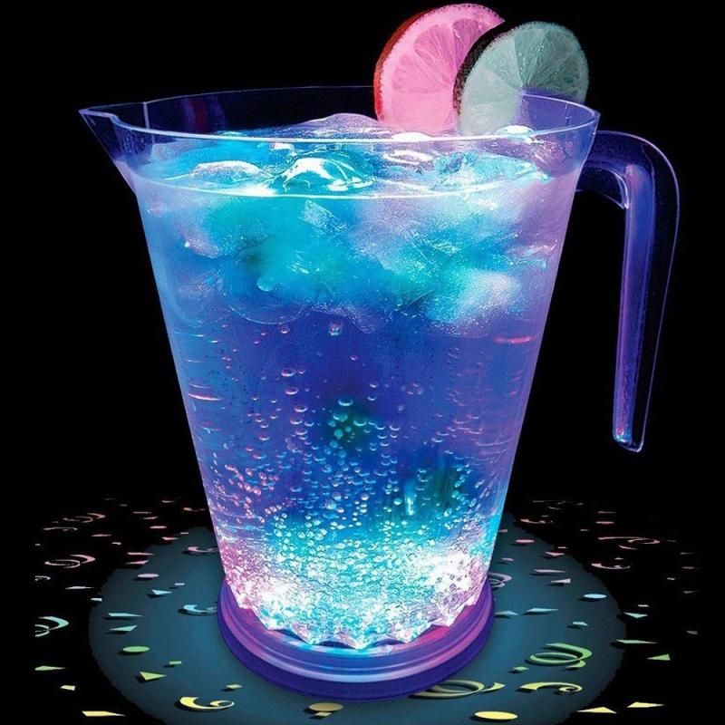 Svítící džbán na led