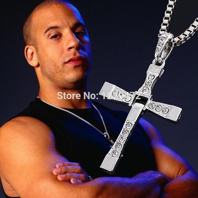 Řetízek na krk s křížem - Dominic Toretto - Rychle a zběsile - Zlatý