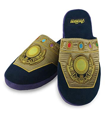 Oblečení a móda - Bačkory Thanos