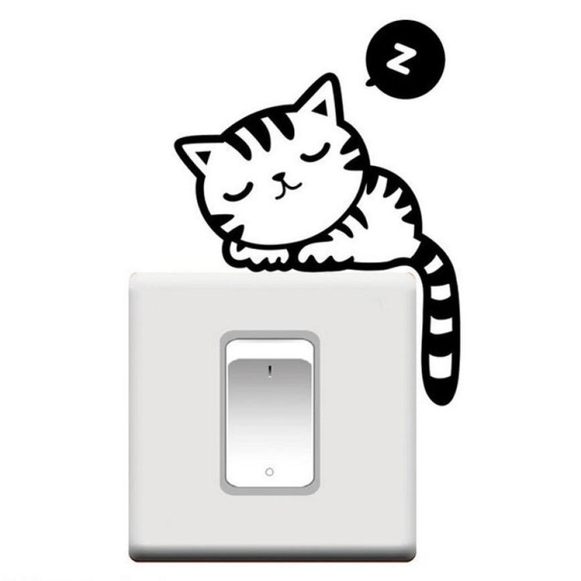 Bydlení a domácnost - Samolepka na zeď - spící kočička nad vypínačem