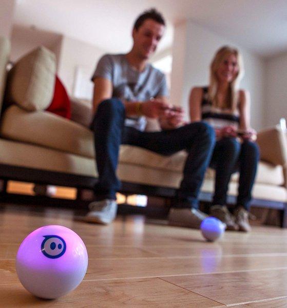 Gadgets - Sphero - robotický herní systém