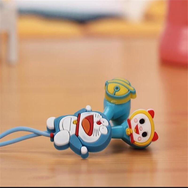 Sluchátka do uší - světlý kocourek a pokemón