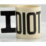 Hrnek Idiot