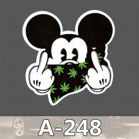 Nálepka na auto - Mickey Mouse ukazuje fakáče